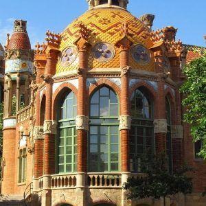 barcelona-3479442_960_720
